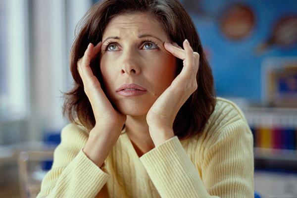 Bệnh hay quên tuổi mãn kinh - Làm gì để khắc phục? 1