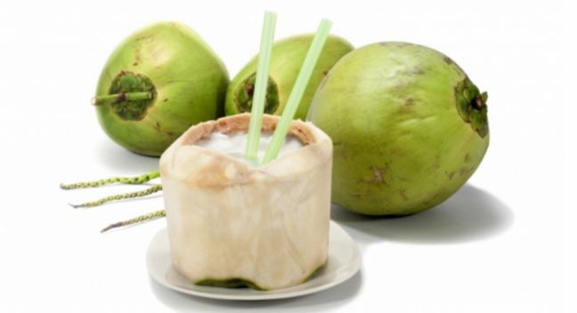 9. Nước dừa 1