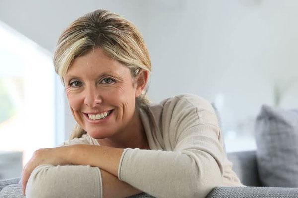 Phụ nữ và tuổi mãn kinh - Những điều cần biết 1