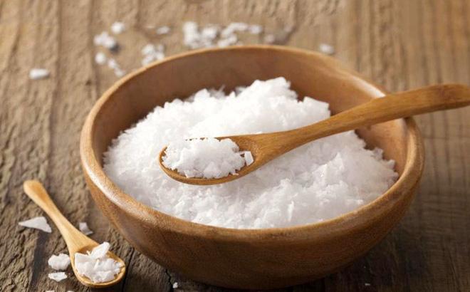 5. Không nên ăn quá nhiều muối 1