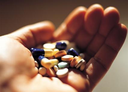 Uống thuốc giảm đau bụng kinh có bị vô sinh không? 1