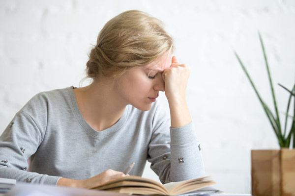Giai đoạn mãn kinh và bệnh trầm cảm 1