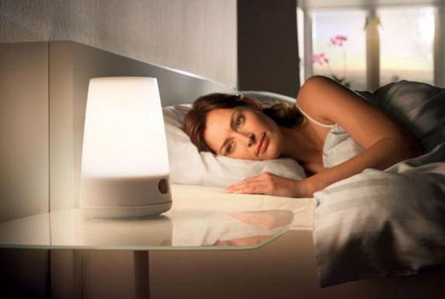 Tắt đèn khi ngủ 1