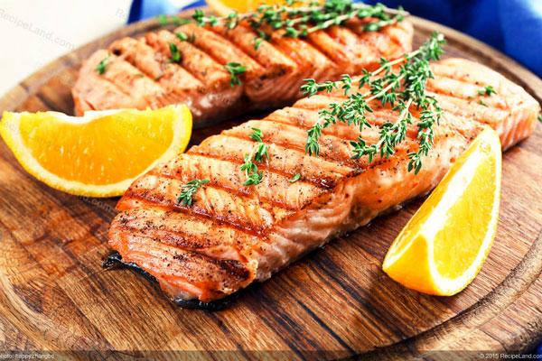 2. Ăn thêm cá 1