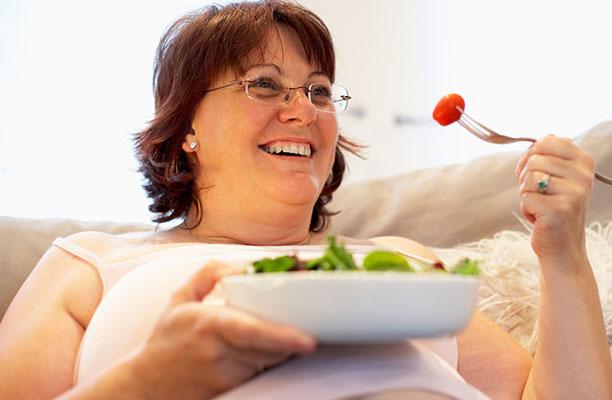 Chế độ ăn uống trong thời kỳ mãn kinh rất quan trọng voi